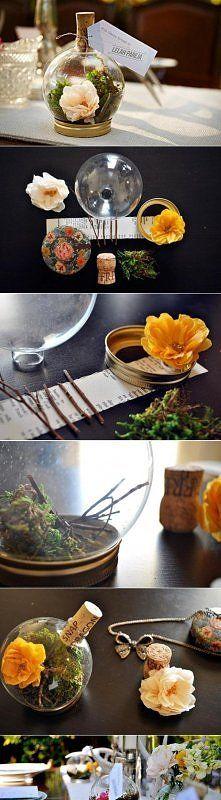 Śliczny i praktyczny sposób na kwiaty: Table Decorations, Mini Terrarium, Diy Crafts, Wedding Ideas, Gift Ideas, Christmas Ball, Diy Decor, Craft Ideas
