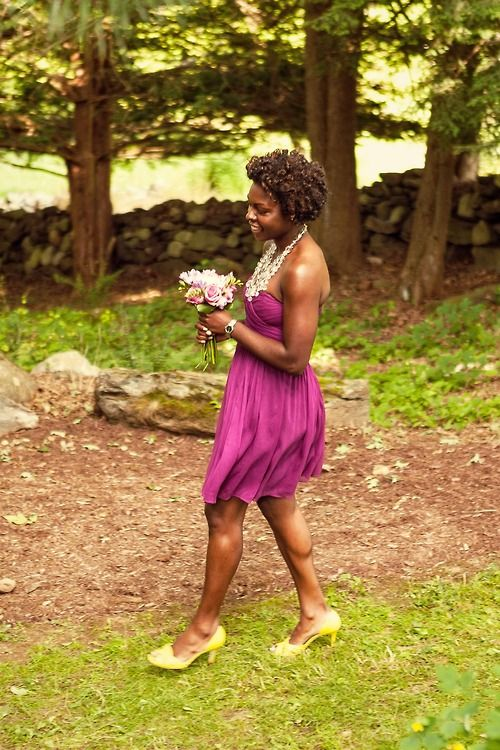 Purple dress, yellow shoes   [© Rachael Wright]