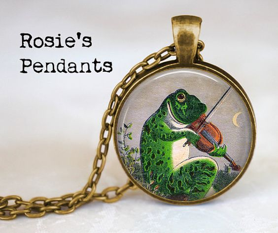 Frog Playing the Violin by RosiesPendants on Etsy