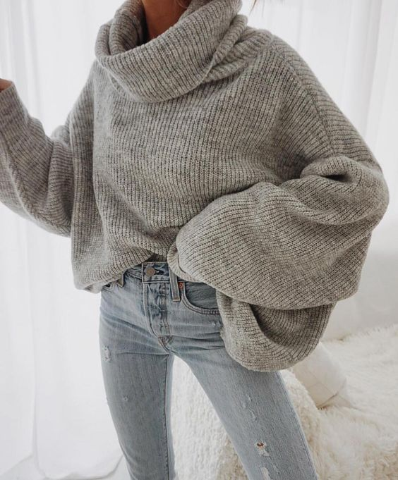 Outfit of the day! Egy meleg pulcsi megmentő lehet ebben a hideg időben!