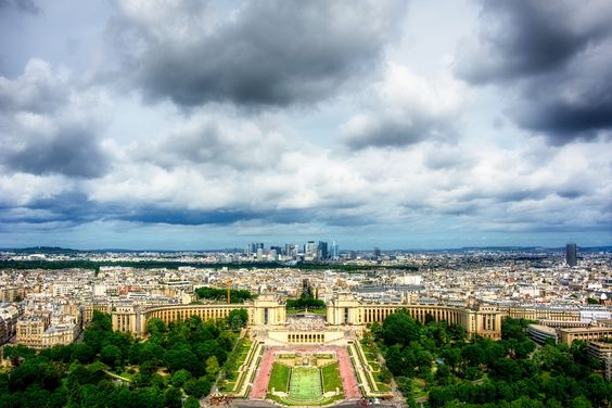 ParisTopEiffelview.jpg