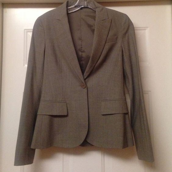 Theory gray blazer Theory gray wool blazer brand new without tags. Size 0 but will fit a 2. Theory Jackets & Coats Blazers
