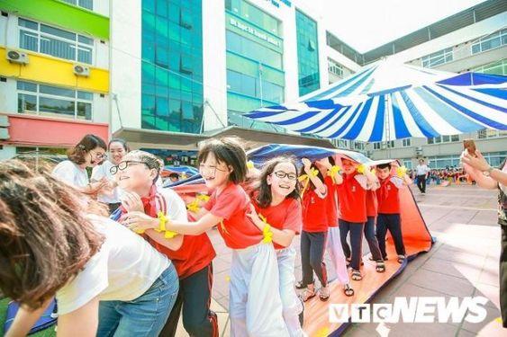 Áo cờ đỏ sao vàng trường tiểu học CGD Victory Hà Nội - Hình 2