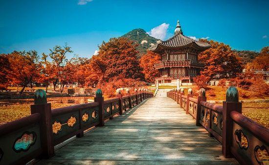 Geunjeongjeon được biết đến là một địa điểm đẹp ở Hàn Quốc