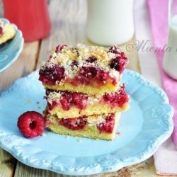 Raspberry Coconut Bars - a simple and quick recipe #foodgawker