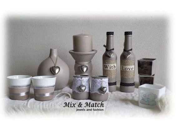 Flessen en potjes bewerkt met gesso decoratie voor in for Decoratie fles