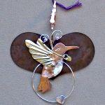 Floss Separator    cute gadget!  SM HEART with HUMMINGBIRD
