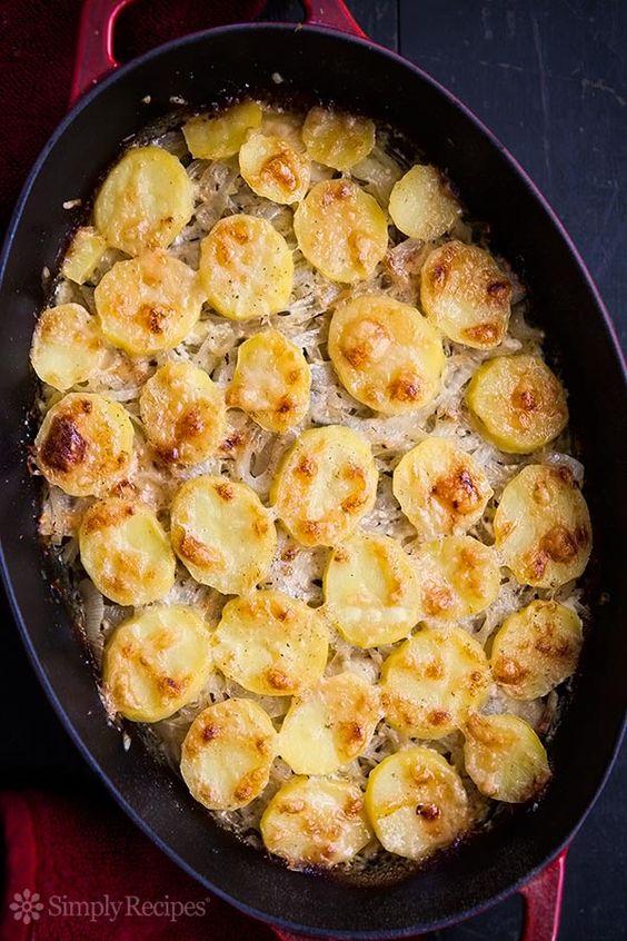 Potato Gratin ~ Onion potato gratin with sliced Yukon Gold potatoes ...