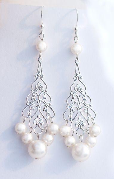 Braut Ohrringe mit Swarovski Perlen von BeChicAccessories auf DaWanda.com