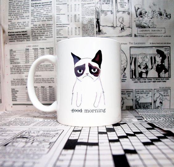Tasse en céramique d'un chat grincheux par AfternoonCoffee sur Etsy, $23.25
