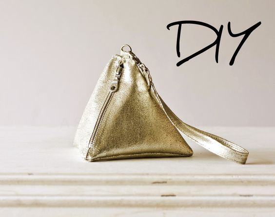 A Splendid Assemblage: DIY: Pyramid Wrist Bag