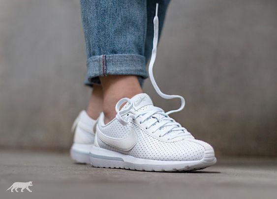Nike Wmns Roshe Cortez NM (White / White - Pure Platinum) - Nike Roshe Run | asphaltgold
