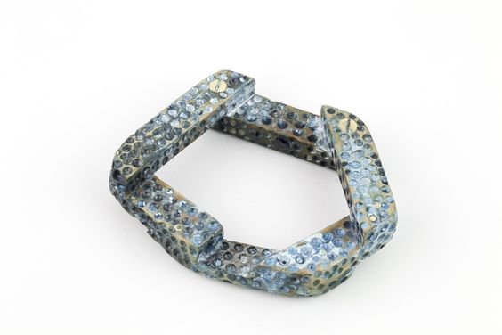 Moniek Schrijer - bracelet / Rimu, enamel, ink, brass screws, topaz, synthetic sapphire, / 2012: