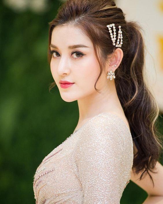 Beautiful girl world image com www Top 10
