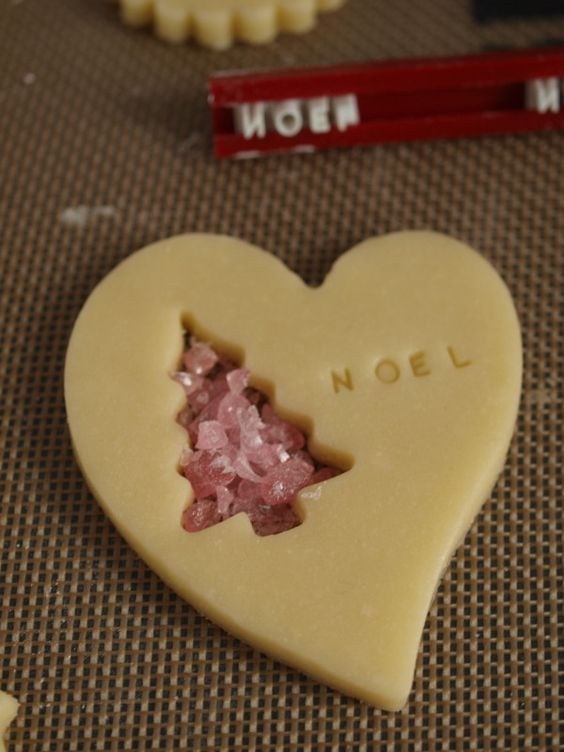 """Stained Glass Cookies. I love the stamped """"Noel"""" with the mini cookie cutter stained glass"""