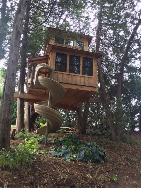 Diy Treehouse Built Using Nelson Treehouse Plans Tree House Diy Tree House Plans Cool Tree Houses