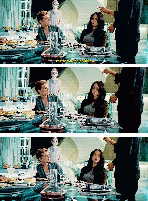 """You're not the problem."" Jogos Vorazes. The Hunger Games. Em Chamas. Catching Fire. Katniss. Peeta."