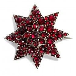 Um 1870: Antike Granat Brosche, ein Stern, böhmische Granate, Garnet Star Brooch