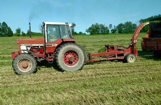 International Harvester 1586 Tractor : International from years ago ih fwd