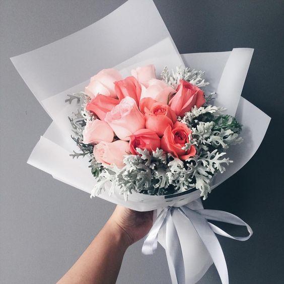 1,367 отметок «Нравится», 6 комментариев — EXCLUSIVE FLORIST MALAYSIA (@mekar.my) в Instagram: «Orange and salmon coloured roses to brighten up someone's day. Have a good Saturday, everyone!…»
