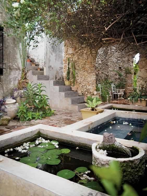 Courtyard water feature - Mexican Revolution - Interactive Feature - T Magazine