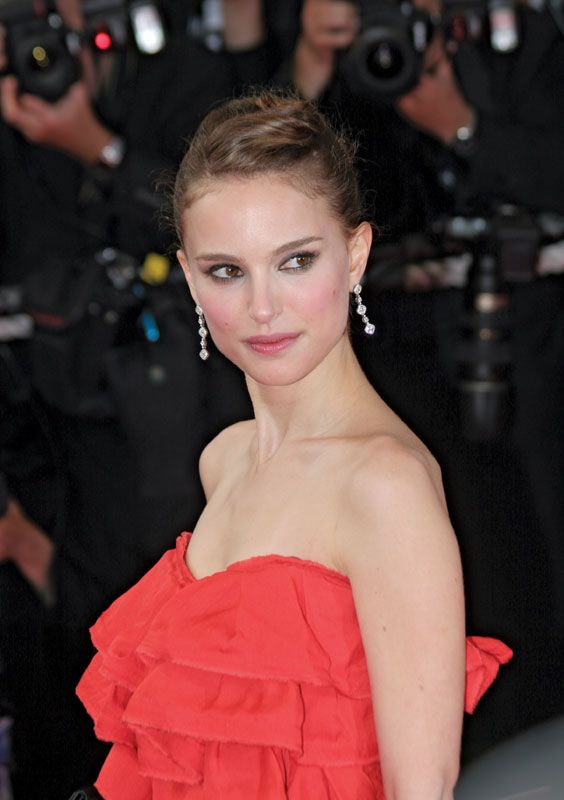 Gemini Star Natalie Portman Shares Best Pictures of Her Childhood and Marriage