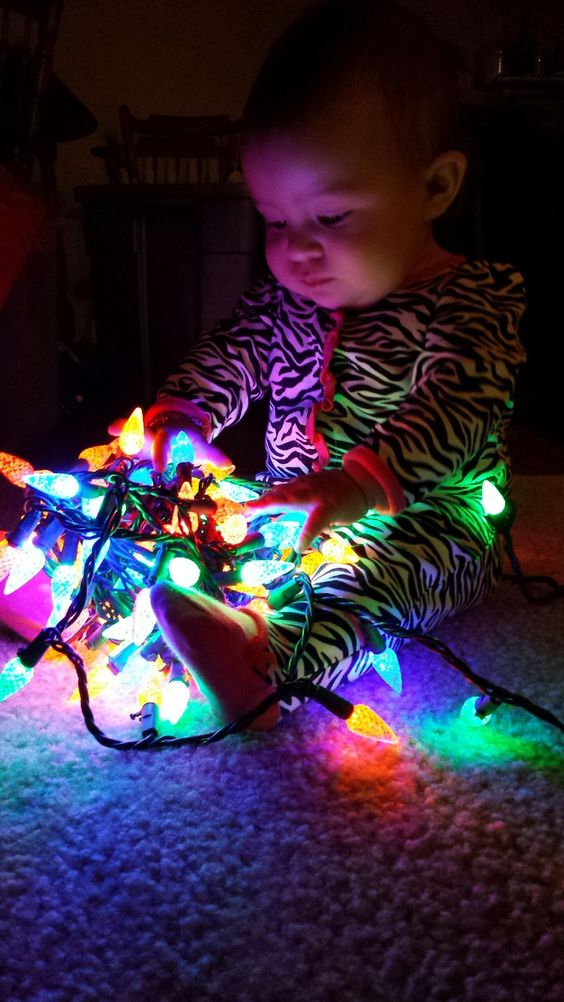 Mommy's little holiday helper!