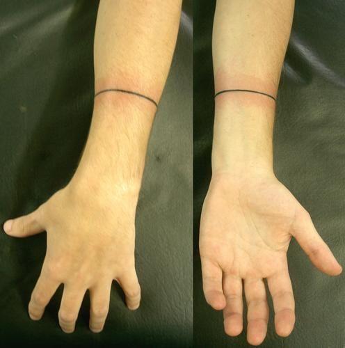 Best Straight Line Tattoo Artist : Tatuagem wrist line linha pulso tattoo by micaeltattoo