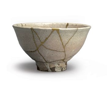 Tea bowl (ido-chawan), Japan, Hagi, 17th/18th century Ceramics Height 8.6 cm, x 15.1 cm Private collection Courtesy Japan Art Frankfurt http://www.e-flux.com/announcements/japan-and-the-west-the-filled-void/: