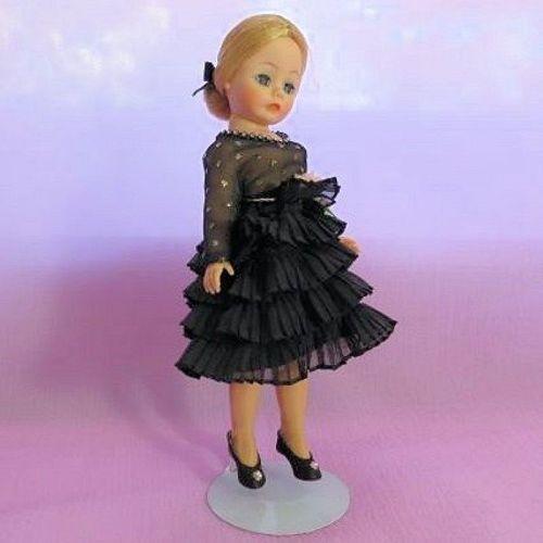"Madame Alexander Portrettes ""Babette"" - Bella May Dolls http://www.dollshopsunited.com/stores/bellamaydolls/items/1329474/Madame-Alexander-Portrettes-Babette  #dollshopsunited"