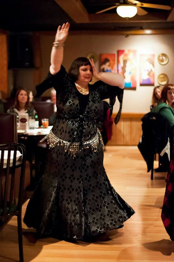 Belly dancing with chronic pain: A personal story by Tracy | Belly Dance at Any Size