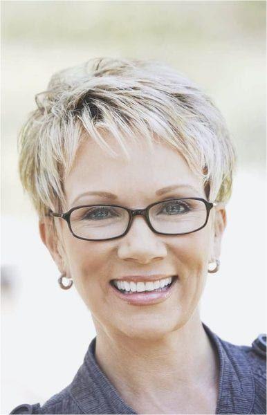 Brille kurzhaarfrisur frau mit Kurzhaarfrisuren Damen