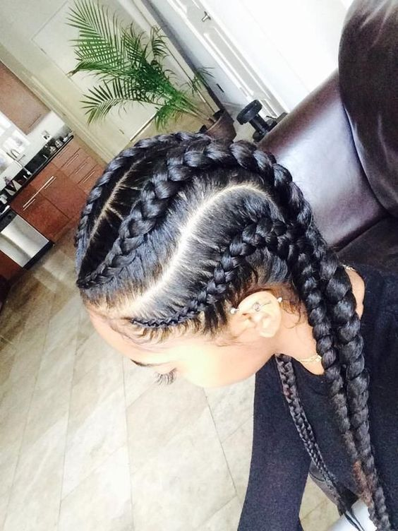 Love the dimensions of these cornrows.: