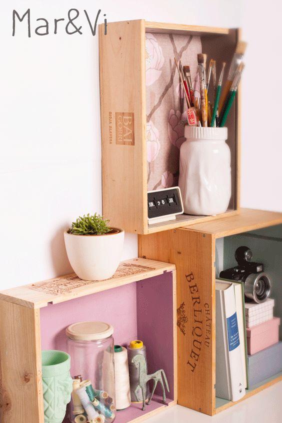 estantería hecha de cajas de vino paso a paso
