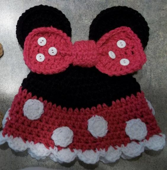 Minnie Mouse Knitting Pattern : Crocheting: Minnie Mouse hat crochet Pinterest Knit hats, Mice and Yarns