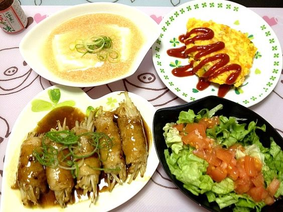 angie74さんの明太豆腐作らせて頂きました✨めっちゃおいしかったぁ(*´∀`)❤旦那さんも絶賛でした✨✨ - 31件のもぐもぐ - もやし肉巻きの生姜焼き、鮭と野菜のオムレツ、明太豆腐、サラダ by momoyuko