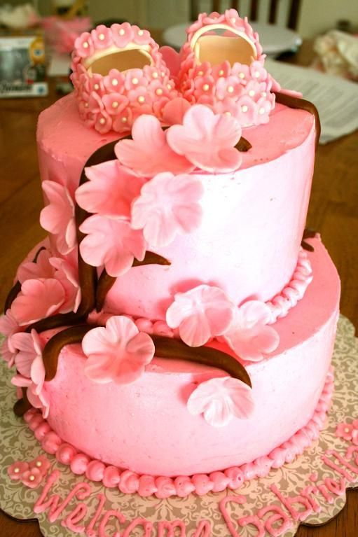 baby shower cake - So pretty!