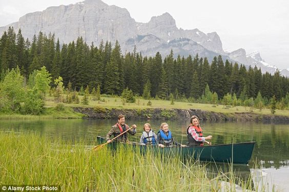 One customer complained that they hadn't been informed there were no toilets on canoe boats