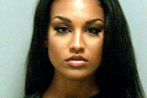 Glamour model with 'world's hottest mugshot' proves Twitter hit as web users offer to post her bail