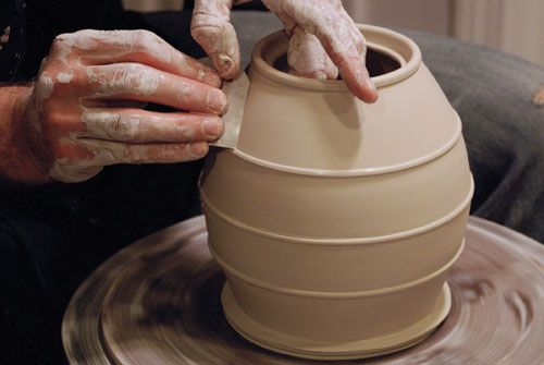 Such control envy throwing clay on a wheel pottery for Clay pot painting techniques