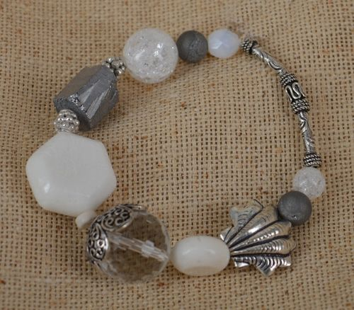 Whitsunday-Sea Foam Elastic #Bracelet http://www.beadthemup.com.au/estore/style/ws-sea%20foam%20b.aspx