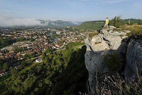 The Loue Valley (© CRT Franche-Comté / Jean-François LAMI)