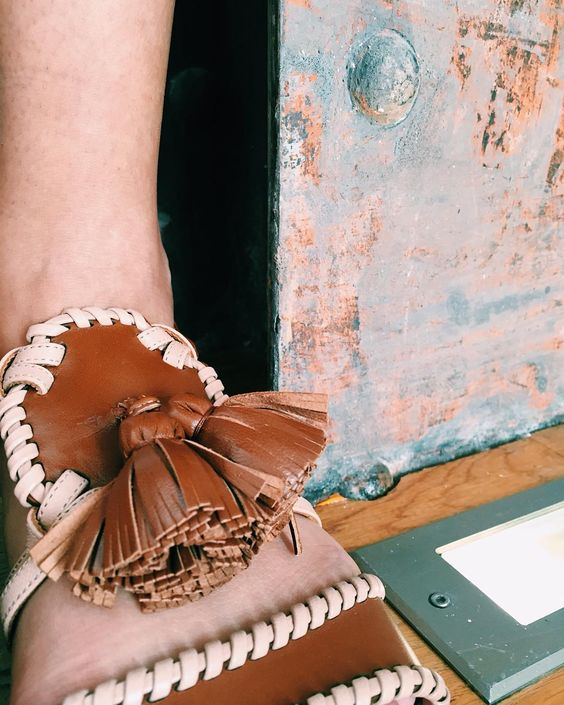 New Ruth flat sandals in hazelnut Nappa and luggage kid.  #MaloneSouliers #PFW #SS16 #Paris #NewSeason #RoyLuwolt #MaryAliceMaloneJr