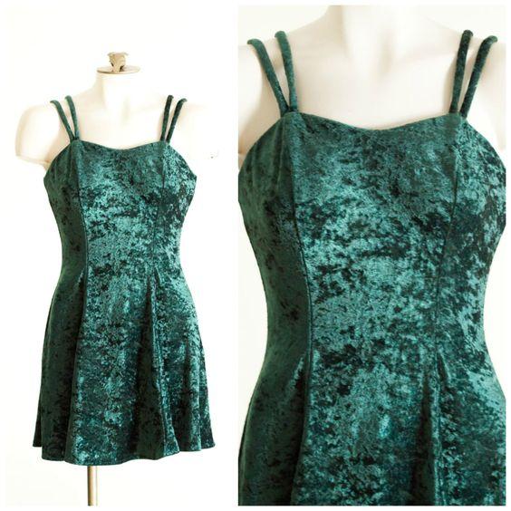 90s emerald green crushed velvet sleeveless dress SIZE S by TimeTravelFashions on Etsy
