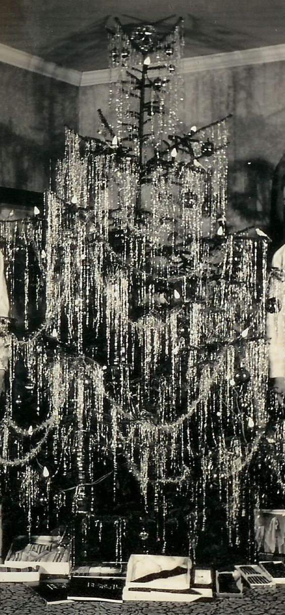 1940 real silver tinsel Christmas tree with the large bulb lights