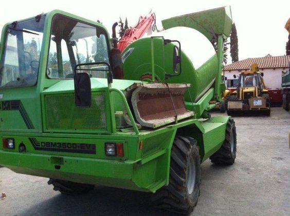 We sell cheap Concrete Merlo DBM 3500EV Second Hand. Manufacture year: 2004. Working hours: 2390. Weight: 7300 kg. Tyres: 90% good. Excellent running condition. Ask us for price. Reference Number: AC2364. Baurent Romania.