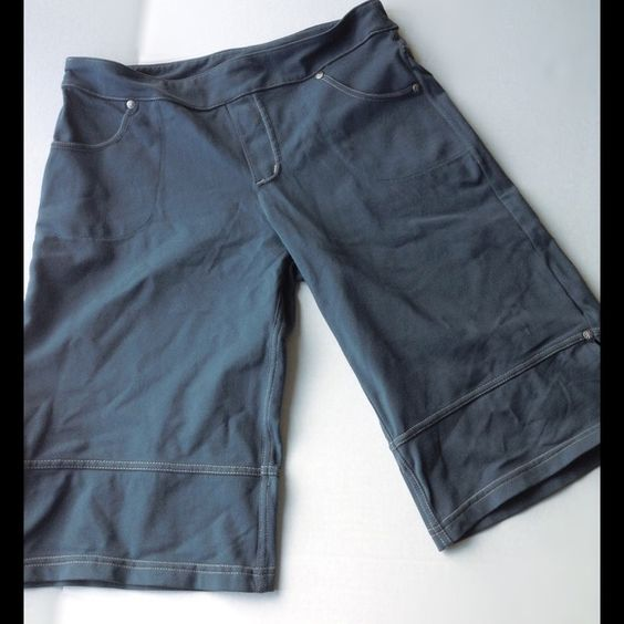 Athleta Tear Away b4 U Play Med Blue-Gray Capris Too long to be shorts, too short to be capris, so call them what you like! They are stretchy and ready for ...