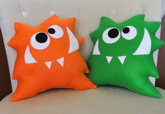 Nom nom monster plush pillow new design monster pillow for Monster themed fabric