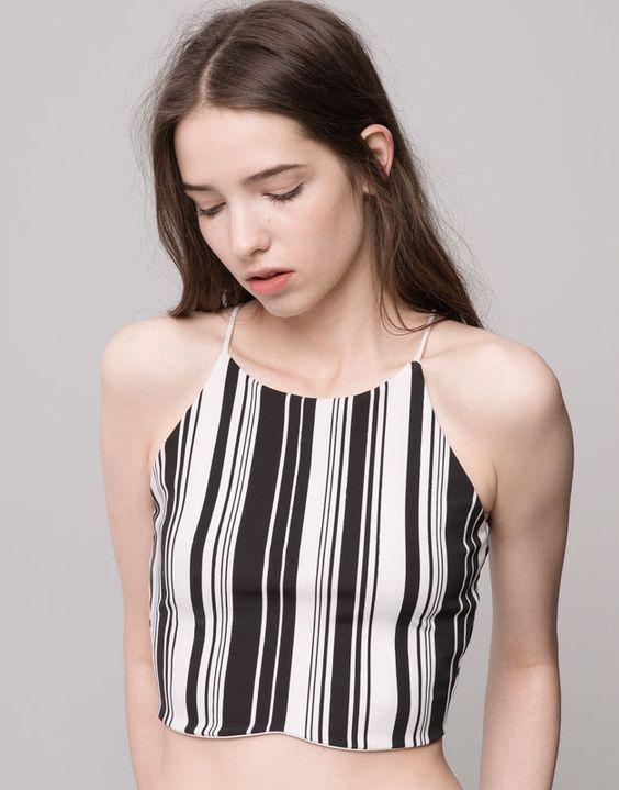 Pull&Bear - mujer - camisetas y tops - crop top cuello halter rayas verticales - negro - 09240388-I2015