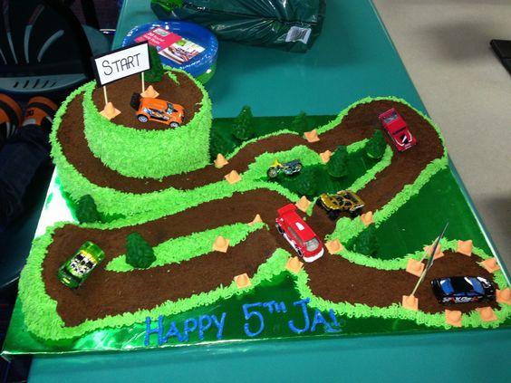 Jais 5th birthday rally track cake